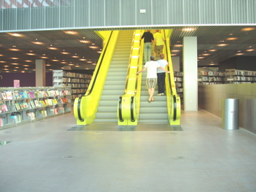 Seatlelibraryescalator