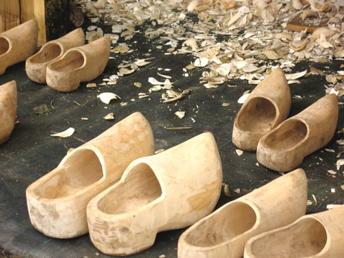 woodenshoes.jpg