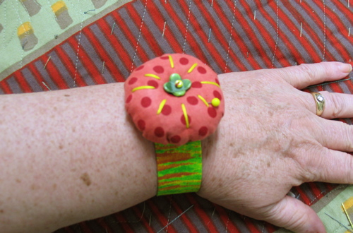 wristpincushion.jpg