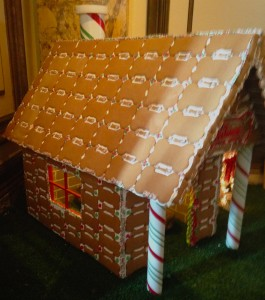 gingerbreaddoghouse