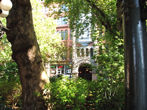 Seatacpioneersquare_1