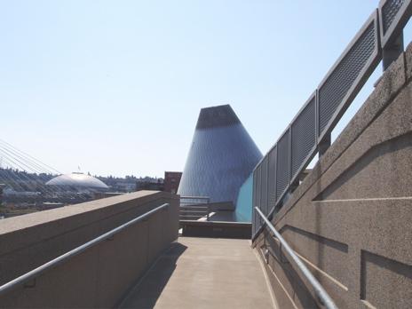 Seattleglassmuseum2