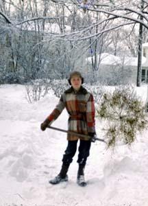 Steve_shov_snow
