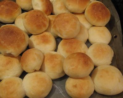buttermilkrolls.jpg