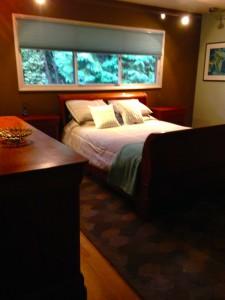 stagedbedroom